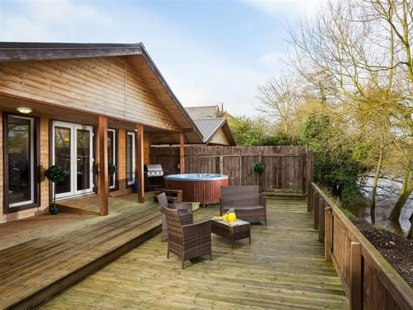Fountains Lodge - Riverside Lodges in North Yorkshire