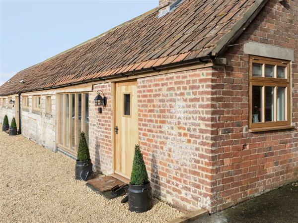 Foxham Farmhouse Holiday Cottages - Willow Cottage in Wiltshire