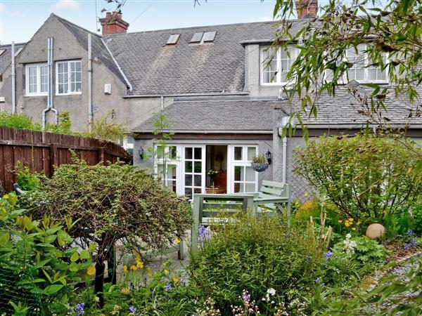 Garden Cottage in Lanarkshire