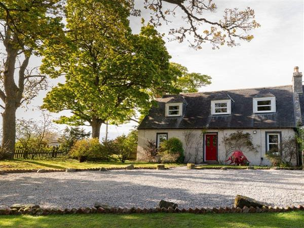 Garden Cottage in Ross-Shire