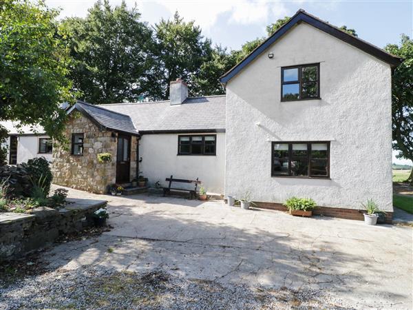 Garth Cottage in Clwyd