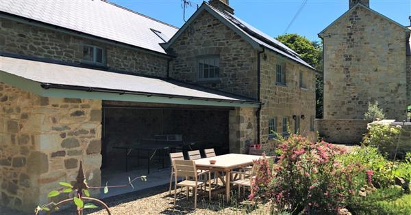 Glaneirw Coach House in Dyfed