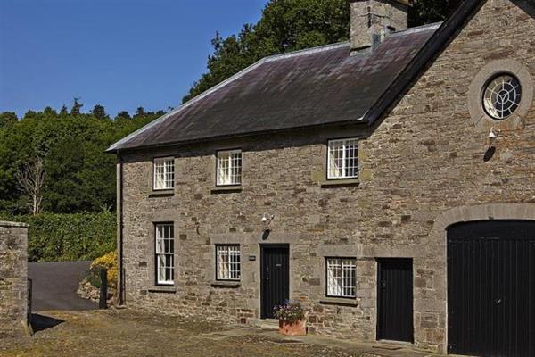 Glanhenwye in Powys