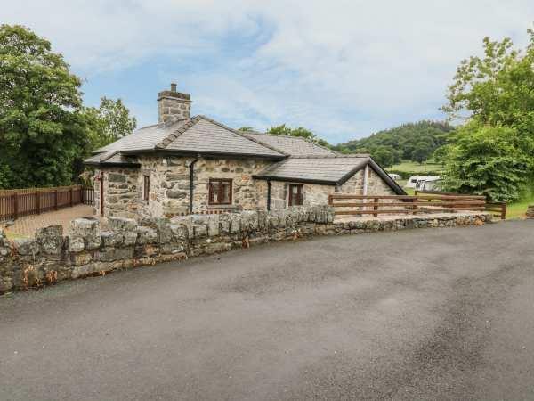 Glanllyn Lodge in Gwynedd