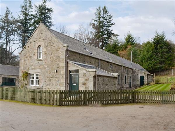 Glenkindie Estate Holiday Cottages - Home Farm Cottage in Aberdeenshire