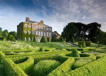 Goodnestone Park - Sleeps 10 in Kent