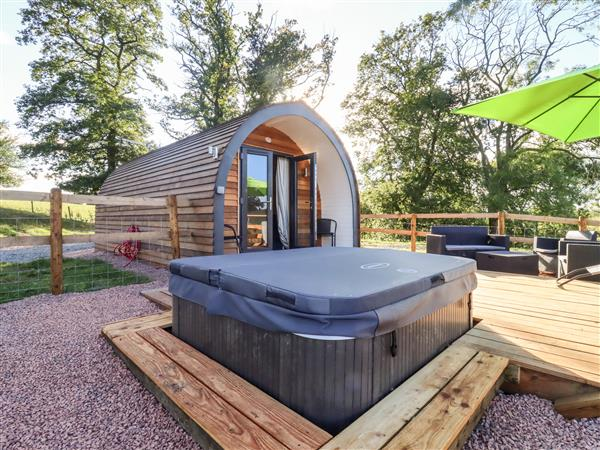 Goose Pod, Clifton Upon Teme with hot tub
