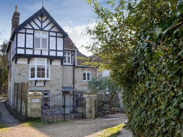 Grange Cottage in Isle of Wight