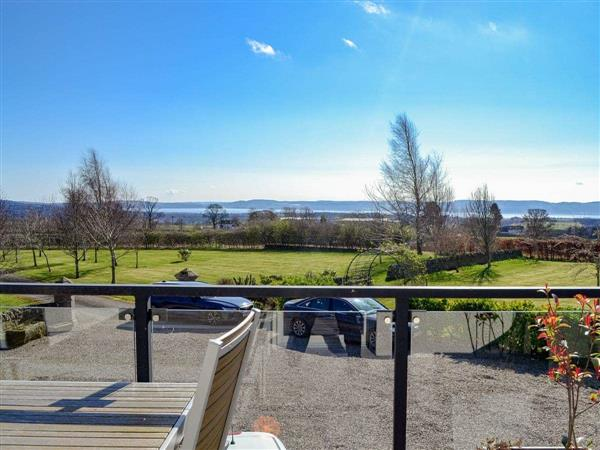 Grange Loft in Invergowrie, Dundee, Angus