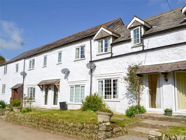 Great Trethew Manor Cottages - Trevithick Cottage in Cornwall