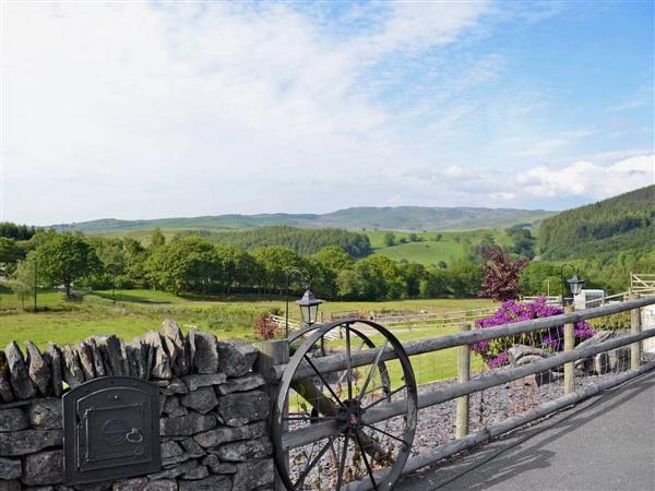 Grofftau Cottages - Awel Y Mynydd in Dyfed