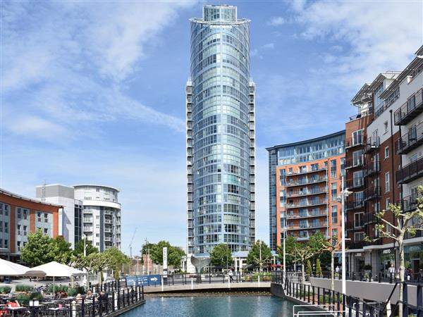 Gunwharf Quays Apartments - No.1 The Two Bedroom Balcony View B in Hampshire