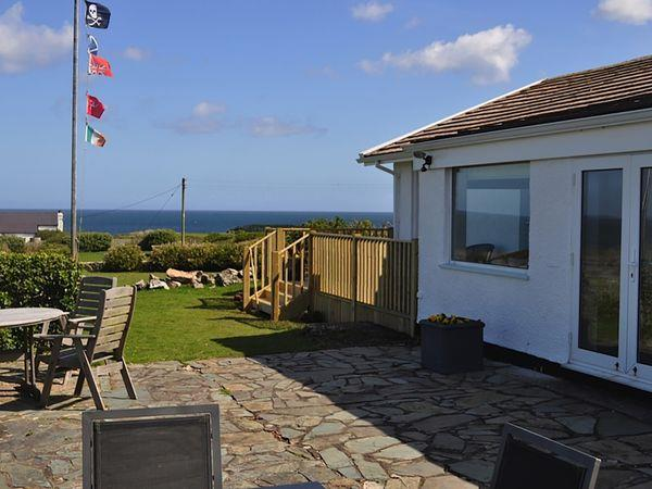 Gwel Y Mor from Sykes Holiday Cottages