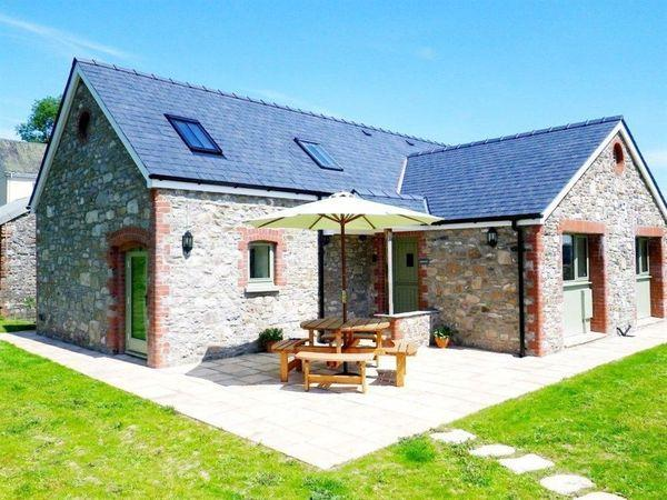 Gwennol Cottage from Sykes Holiday Cottages