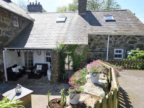 Gwnhinghar Cottage in Gwynedd