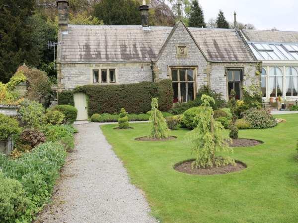 Hall Cottage in Derbyshire