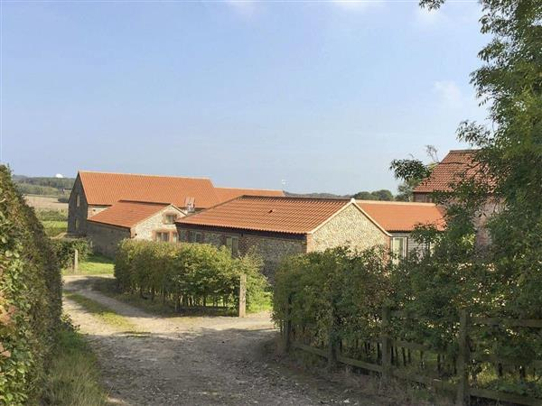 Hall Farm Barns - Courtyard Barn in Norfolk