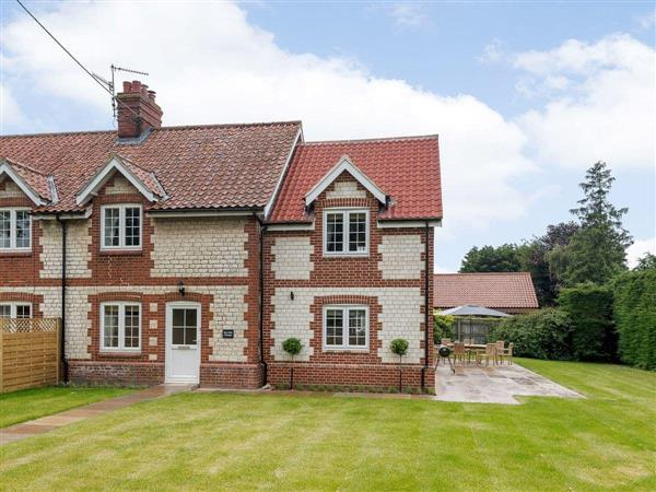 Hall Lane Cottages - Sea Holly Cottage in Thornham, near Kings Lynn, Norfolk