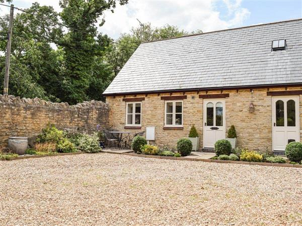 Hall Piece Cottage in Buckinghamshire