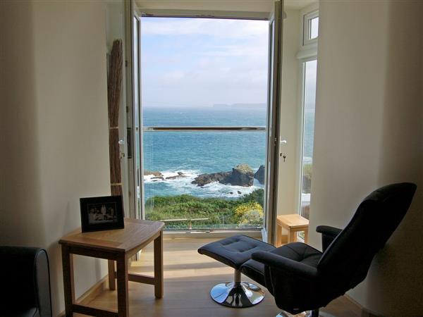 Halycon Apartments - Apartment Three in Cornwall