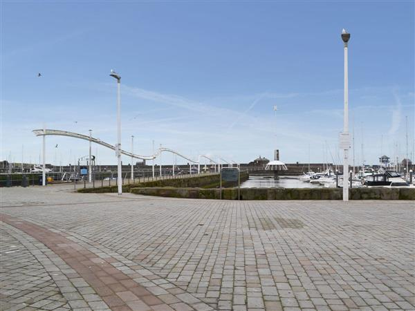 Harbourside Holiday Lets - Lighthouse in Whitehaven, Cumbria