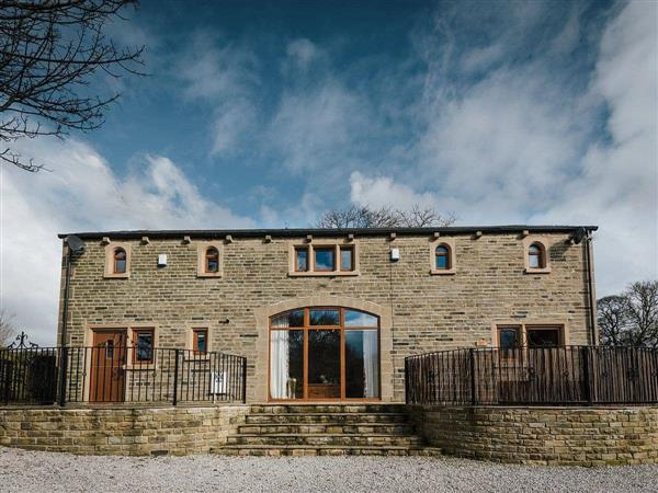 Hargreaves Head Holiday Cottages - Sycamore Barn, Northowram, near Halifax , West Yorkshire with hot tub