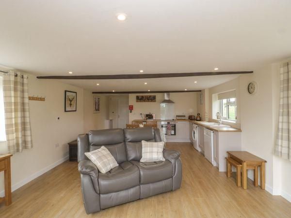 Hayleaze Farm Holiday Cottage in Wiltshire