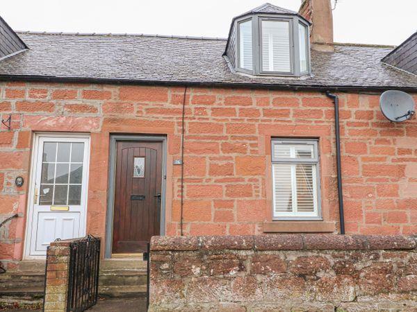 Hazel Cottage in Angus