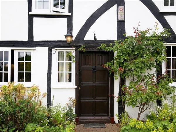 Heron Manor and Mistletoe Cottage in Kent