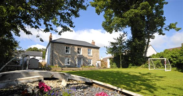 Hill Cottage in Dyfed