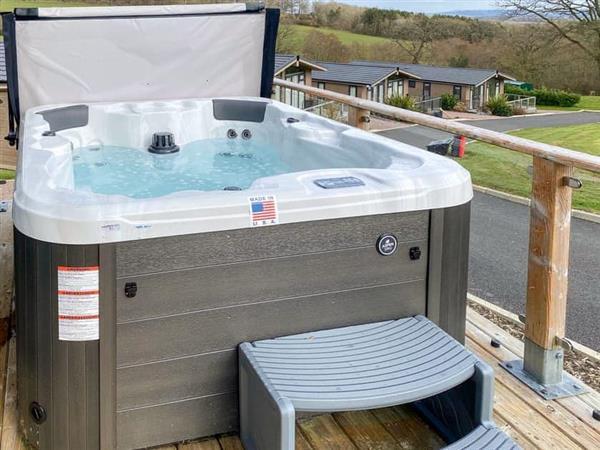 Hill View Lodges - Lodge 1, Stottesdont, near Bridgnorth, Shropshire
