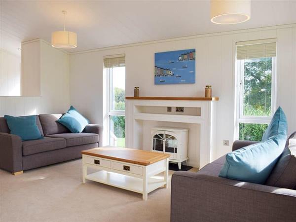 Hill View Lodges - Lodge 4, Stottesdont, near Bridgnorth, Shropshire