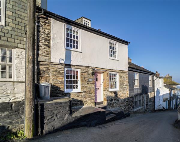 Hillside Cottage in Cornwall