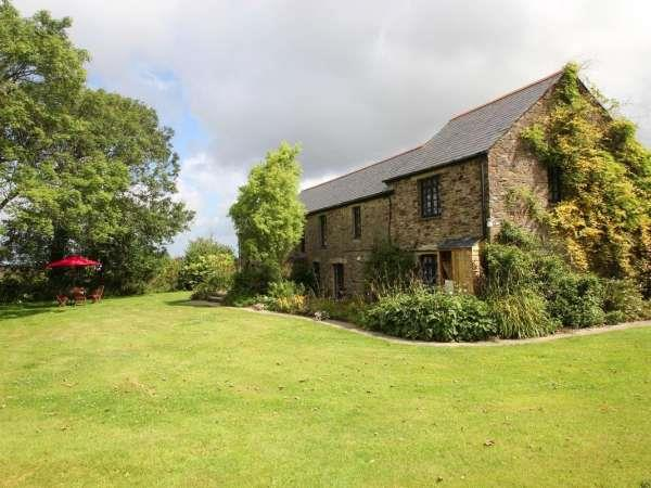 Trerice Holiday Barns The Dairy In St Newlyn East Near
