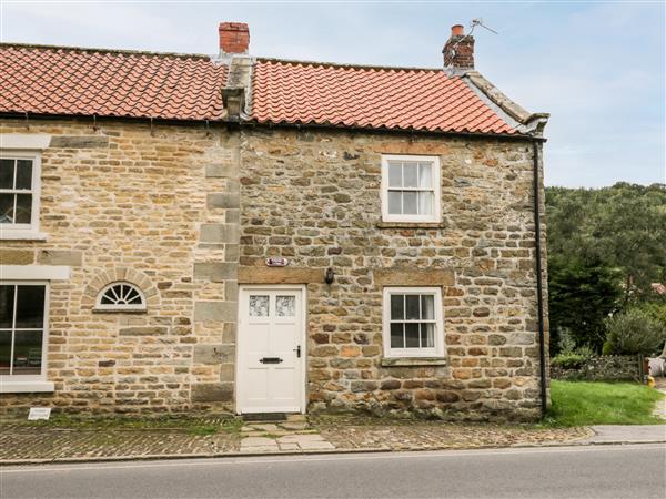 Hollyside Cottage,