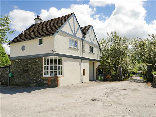 Home Farmhouse from Sykes Holiday Cottages