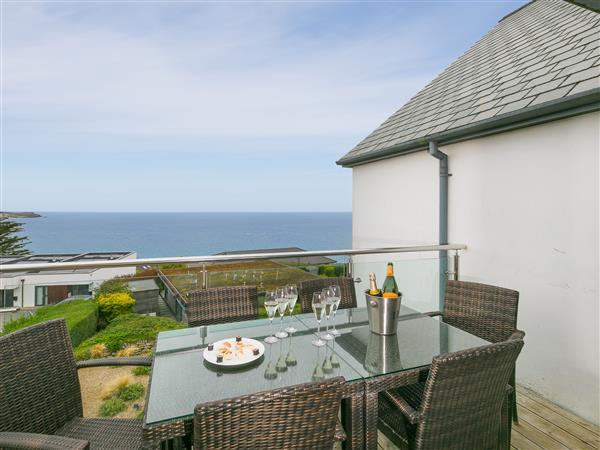 Horizon, Carbis Bay