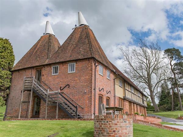 Hornbeam Cottage at Frame Farm in Kent