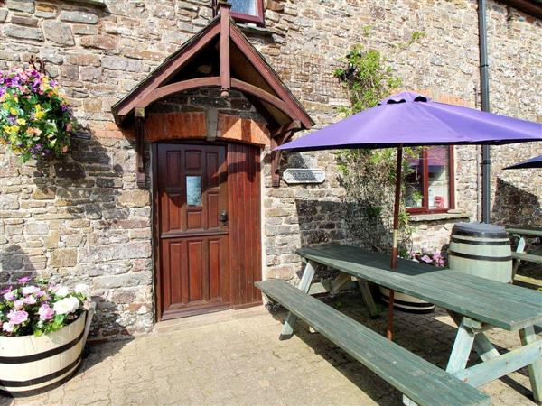 Houndapitt Holiday Cottages - Badgers Sett in Cornwall