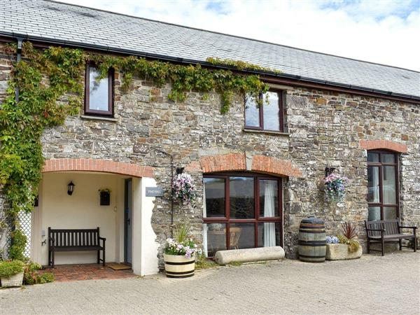 Houndapitt Holiday Cottages - Toad Hall in Cornwall