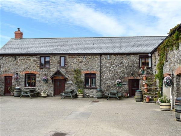 Houndapitt Holiday Cottages -Moles Burrow in Cornwall