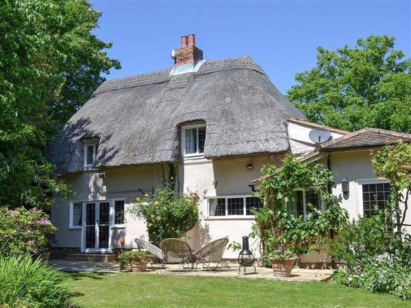 How Wood Cottage in Kent