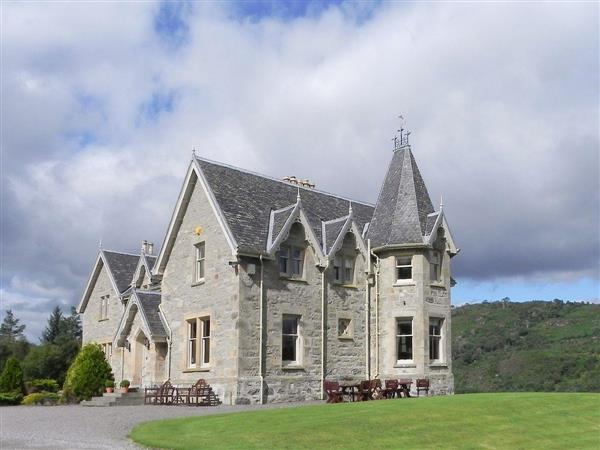 Inveroykel Lodge in Ross-Shire