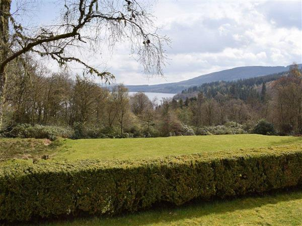 Invertrossachs County House - Venachar Apartment in Perthshire