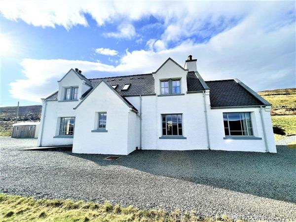 Isle of Skye Holiday Cottages - Heatherbell in Isle Of Skye