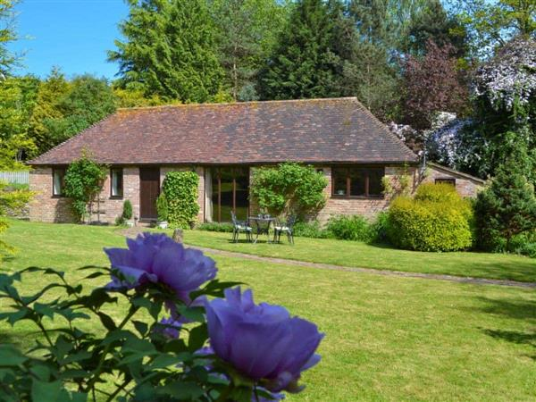 Ivy Cottage in Ewhurst Green, near Bodiam, E Sussex, East Sussex