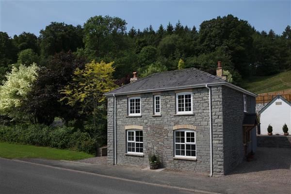 Jasmine Cottage in Erwood, Powys