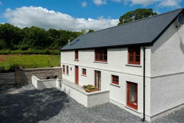 Kestrel Farmhouse in Dyfed