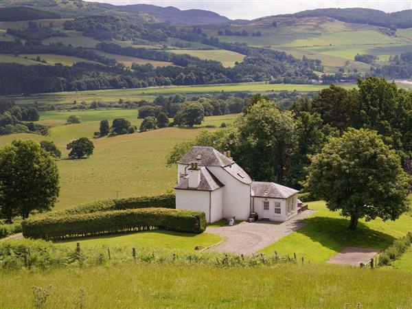 Kinnaird Estate Cottages - Castle Peroch in Perthshire