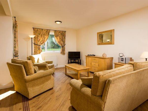 Kirkstone - Whitbarrow Village, Troutbeck - Cumbria